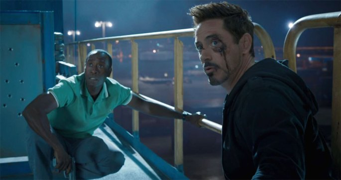 Don-Cheadle-en-Robert-Downey-Jr.-in-Iron-Man-3