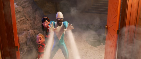 incredibles-2-movie-image-pixar-2-600x251331933841.jpg