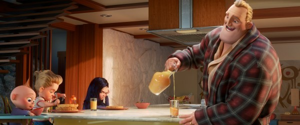 incredibles-2-movie-image-pixar-6-600x2511389837743.jpg